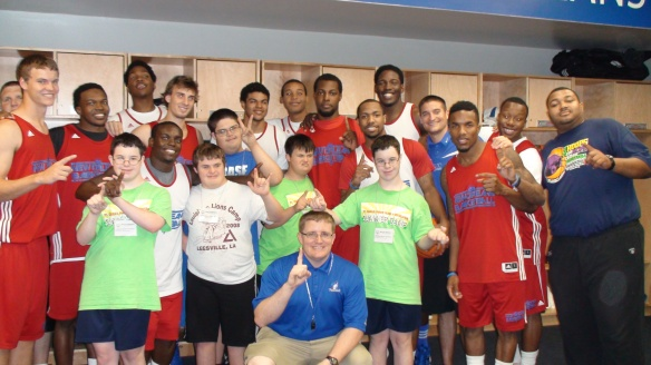 UNO Basketball Team with SOLA Athletes