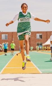 2013 SSG running long jump